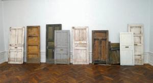 konstnärshus dörrarna.jpg